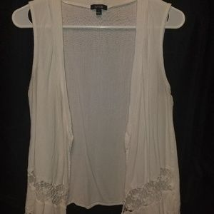 Women's apt 9 large white vest